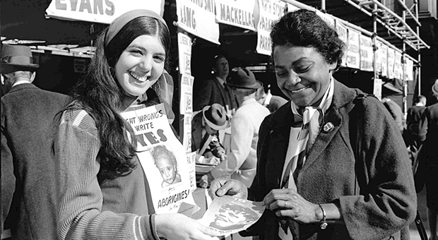 Activist Faith Bandler at Sydney Town Hall where people were voting on the referendum in 1967. (Image courtesay George Lipman / Fairfax Syndication)